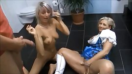 German MILF & Teen - Pee Games