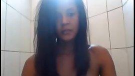brasileira no banho