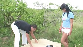 Horny teenagers fucks outdoors
